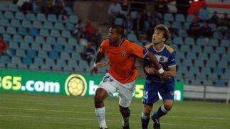 El Málaga gana su segundo partido de la temporada en Liga en casa del Getafe. / LOF