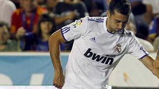El claro dominio del Levante en el centro del campo impidió que el Real Madrid rompiese el empate a cero entre ambos canjuntos.  Foto: EFE