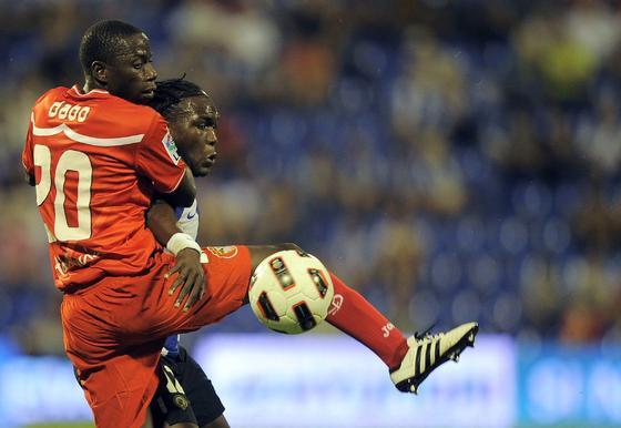 El Sevilla prolonga su mala racha al caer en Alicante ante el Hércules. / AFP