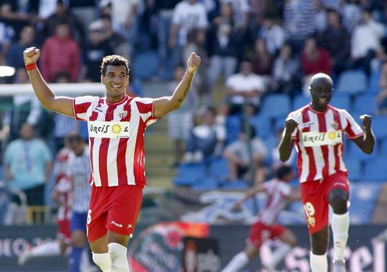 El Almería rompe su mala racha de principios de Liga al lograr ganar en La Coruña. / EFE