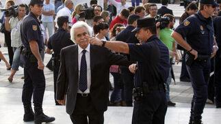 El empresario imputado Rafael Gómez Sánchez en su entrada a la Audiencia Provincial.
