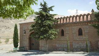 Ayuntamiento de La Calahorra. Ermita de San Gregorio.