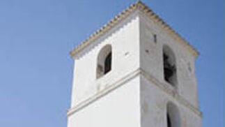 Ayuntamiento de Darro. Iglesia de la Anunciación.