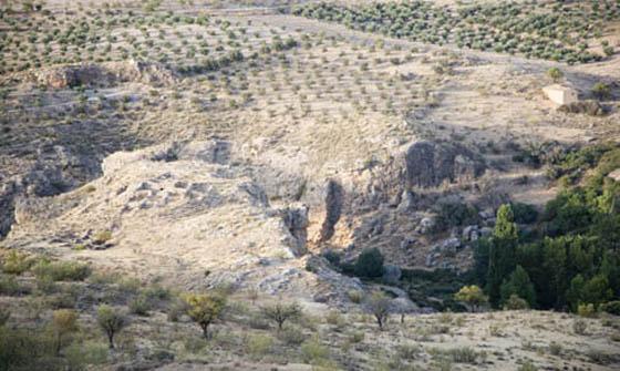 Ayuntamiento de Gor. Yacimiento arqueológico de las Angosturas.