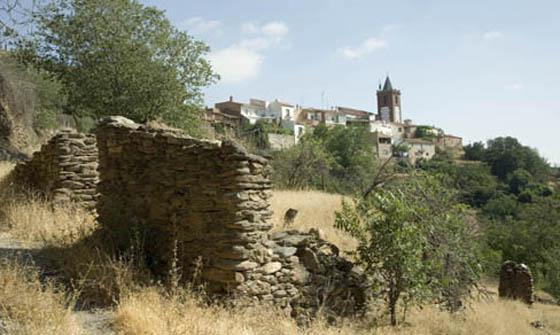 Ayuntamiento de Jerez del Marquesado. Vista parcial.