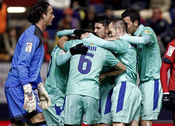 El Barcelona gana con facilidad a Osasuna en Pamplona. / EFE