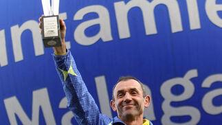 El malagueño Juan Vázquez quedará en los anales de la historia como el primer ganador del Maratón de Málaga.   Foto: Migue Fernández