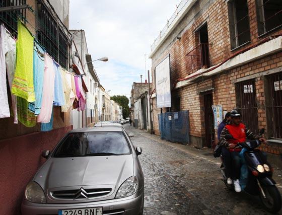 Un paseo por la peculiar fisonomía de la calle Nueva.   Foto: Vanesa Lobo
