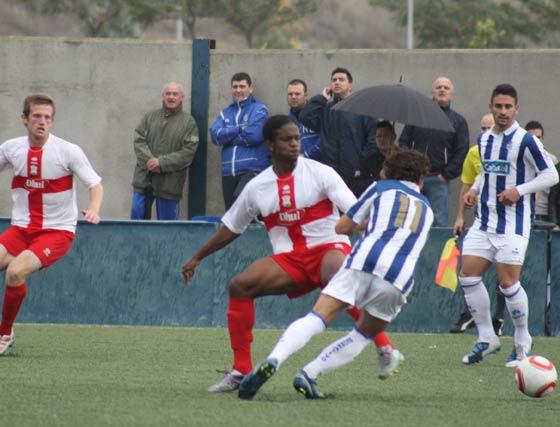 El Jerez Industrial cae por la mínima en la Ciudad Deportiva del Recreativo de Huelva y ya suma tres jornadas sin ganar.  Foto: Sambell