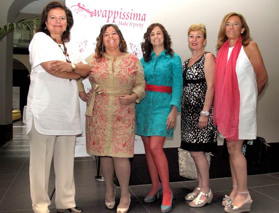 Las diseñadoras de moda flamenca Pilar Vera, Sonia & Isabelle, Luchi Cabrera y Loli Castallo (Nuevo Montecarlo).  Foto: Victoria Ramírez