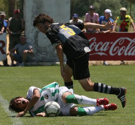 El Córdoba juvenil cae eliminado en los cuartos de final de la Copa del Rey ante el Espanyol. / José Martínez