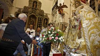 Los romeros gaditanos comienzan su peregrinación.   Foto: Jesus Marin