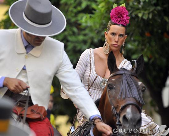Rocieros a caballo.  Foto: Manuel Gómez