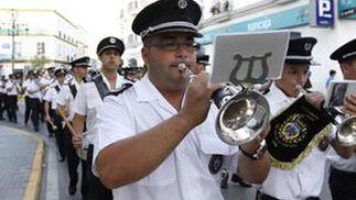 """Pasacalle de la banda de música """"Maestro Enrique Montero""""  Foto: Paco P./Sonia Ramos"""