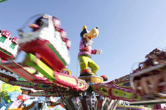 Las atracciones también contaron con numeroso público  Foto: Paco P./Sonia Ramos