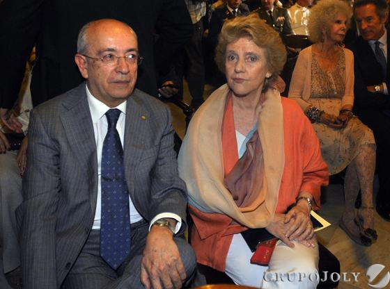 Los ex alcaldes Manuel del Valle y Soledad Becerril.  Foto: Antonio Pizarro - Manuel Gómez