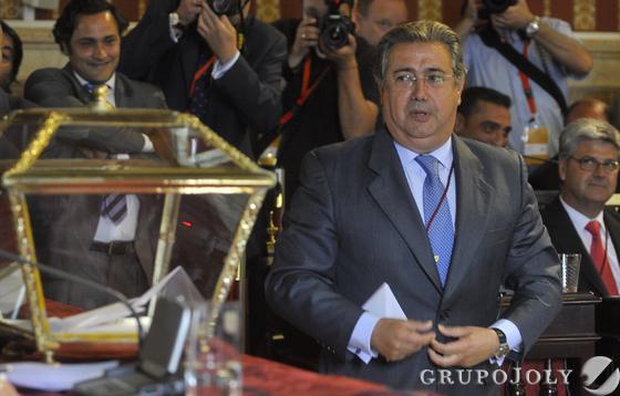 Zoido, en la votación a alcalde.  Foto: Antonio Pizarro - Manuel Gómez