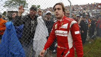 Fernando Alonso no terminó la carrera en Canadá.  Foto: Reuters