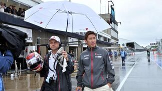 Kobayashi, bajo la lluvia.  Foto: AFP Photo