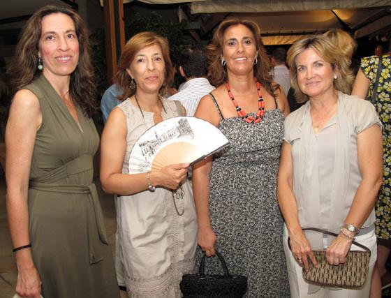 Patricia Caballos Rufino, Marisol Pitedier, María Eugenia Sánchez Valdayo, presidenta de la Asociación Andaluza Mujer y Trabajo, y María José Medina.  Foto: Victoria Ramírez