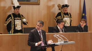 Elías Bendodo, investido presidente de Diputación  Foto: Sergio Camacho