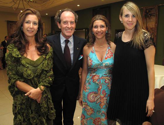 La bailaora María del Mar Berlanga, Carlos Telmo, 'león', Raquel Díaz y Carmen Egea.  Foto: Victoria Ramírez