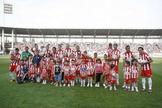 Ulloa da una victoria estéril al Almería ante el Alcoyano.  Foto: Rafael Gonzalez