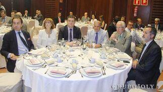 Manuel Ruiz Rojas, Carmen Calleja de Pablo, José Luis Villanueva, Ángel Ojeda, Jaime Raynaud y José Luis Nores Escobar.  Foto: Victoria Hidalgo / Juan Carlos Vazquez