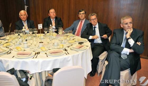 José Manuel Castro, Alfonso Beca, Joaquín Aguirre, Manuel Bellido y José Manuel García-Quilez.   Foto: Victoria Hidalgo / Juan Carlos Vazquez
