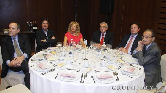 Luis Miguel Rufino, Miguel Villanueva, Ana Alonso, José Cosano, Carlos Gálvez y Vicente Serrano.  Foto: Victoria Hidalgo / Juan Carlos Vazquez