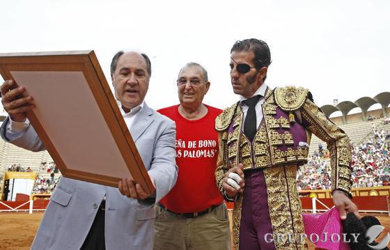 Talavante, Vega y Padilla, buenas faenas en Las Palomas  Foto: Erasmo Fenoy