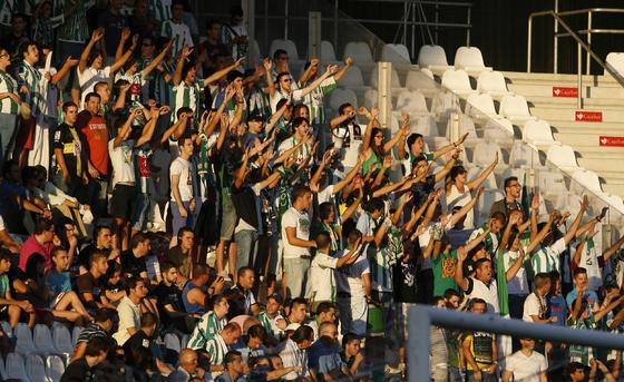 El conjunto cordobés recibe al Elche en la segunda ronda de la fase eliminatoria de la Copa del Rey y vence por 1-0.  Foto: Alvaro Carmona