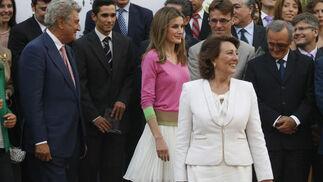 La Princesa de Asturias, Letizia Ortiz, preside el acto de entrega a las Ayudas a la Investigación y de los galardones V de Vida 2012 que la Asociación Española contra el Cáncer (AECC) concede anualmente.   Foto: Álvaro Carmona Romero