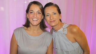 Ana Mendi, 'international leasing manager' de Neinver, con Claudia Zivko (Marvelis).   Foto: Victoria Ramírez