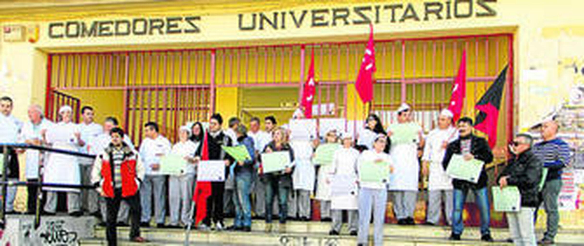 La huelga de comedores afecta a más de 1.700 alumnos de la UGR