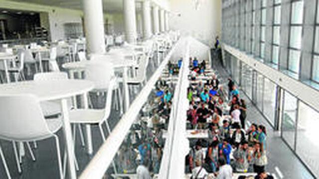 La UGR refuerza sus comedores y salas de estudio para los exámenes