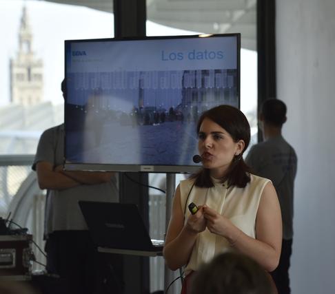 Elena Solera en su intervención.  Foto: Juan Carlos Vázquez