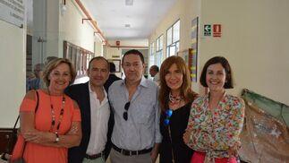 Elena Maestro, Alfredo Fernández, Manolo Muñoz, Lola Mesa y Rocío Tello coincidieron en la reunión.  Foto: Ignacio Casas de Ciria