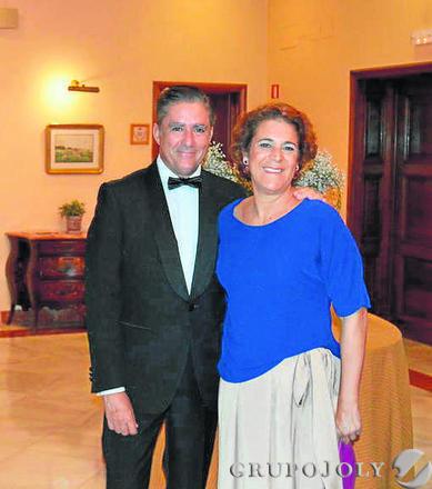 Manuel Estrella con su mujer Marta Dodero, en el Hotel Villa de Jerez.  Foto: Ignacio Casas de Ciria
