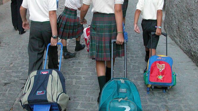 Resultado de imagen de mochilas escolares cual elegir