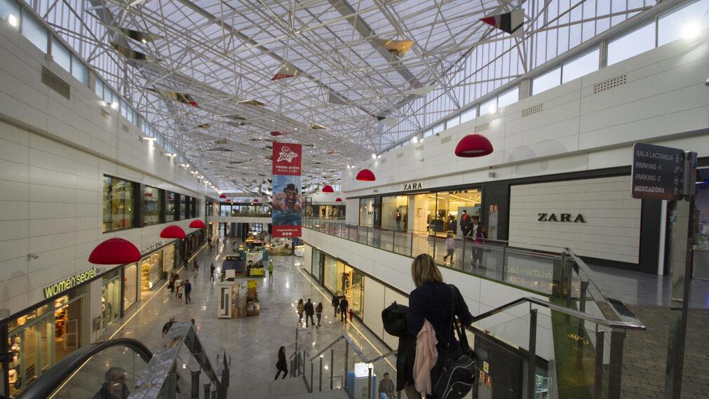 Centro comercial serrallo plaza - Centro comercial serrallo granada ...