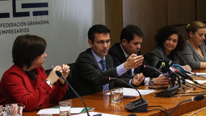 Granada reclama al Estado  compensaciones por el aislamiento ferroviario