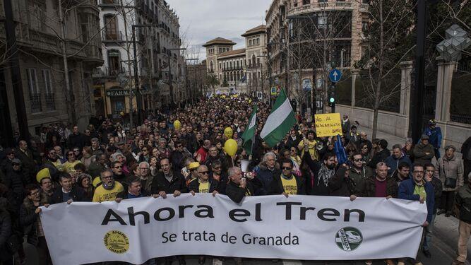Miles de personas participaron en la manifestación del domingo.