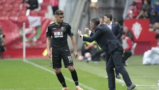 El Sporting-Granada, en imágenes