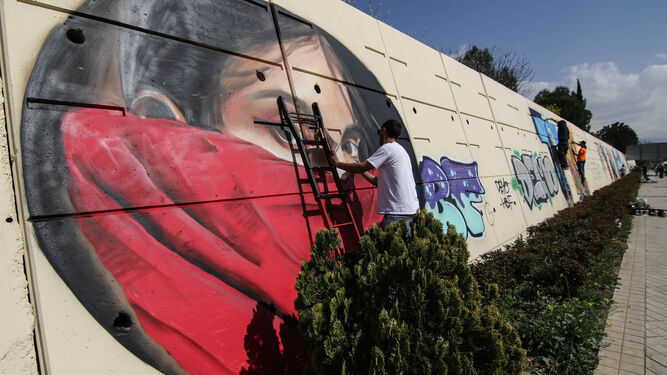 """""""A la mujer sin miedo"""": el epitafio de Gata Cattana escrito por Granada"""