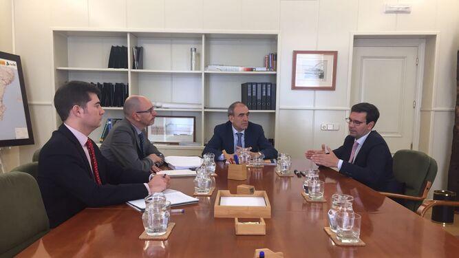Paco Cuenca, en la reunión de ayer en Fomento.