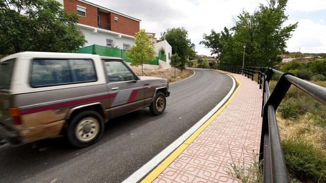 La carretera que atraviesa Bácor Olivar recibe una inversión de 400.000 euros