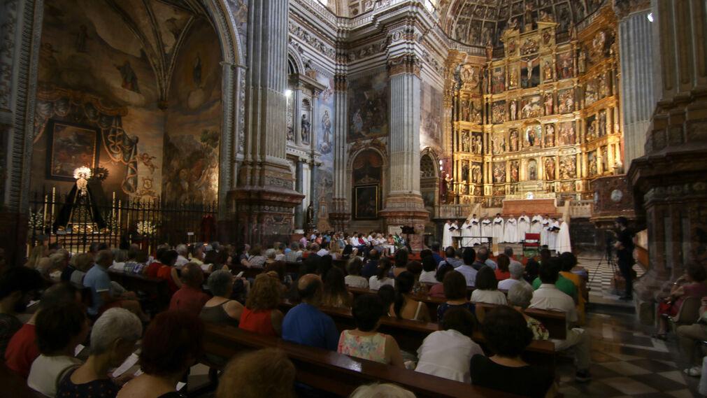 El concierto de la Schola Gregoriana Hispana, en imágenes