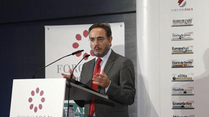 El consejero Felipe López.