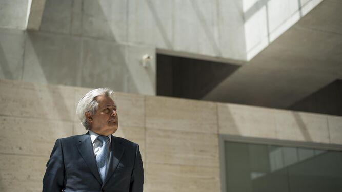 Antonio Jara se fija como horizonte implantar una nueva filosofía de funcionamiento y captación de recursos en CajaGranada.